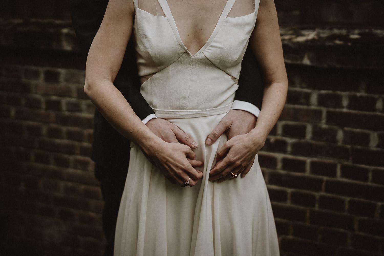 photos de couple mariage automnal au domaine du chateau de verderonne en picardie par samantha guillon photographe de mariage en ile de france