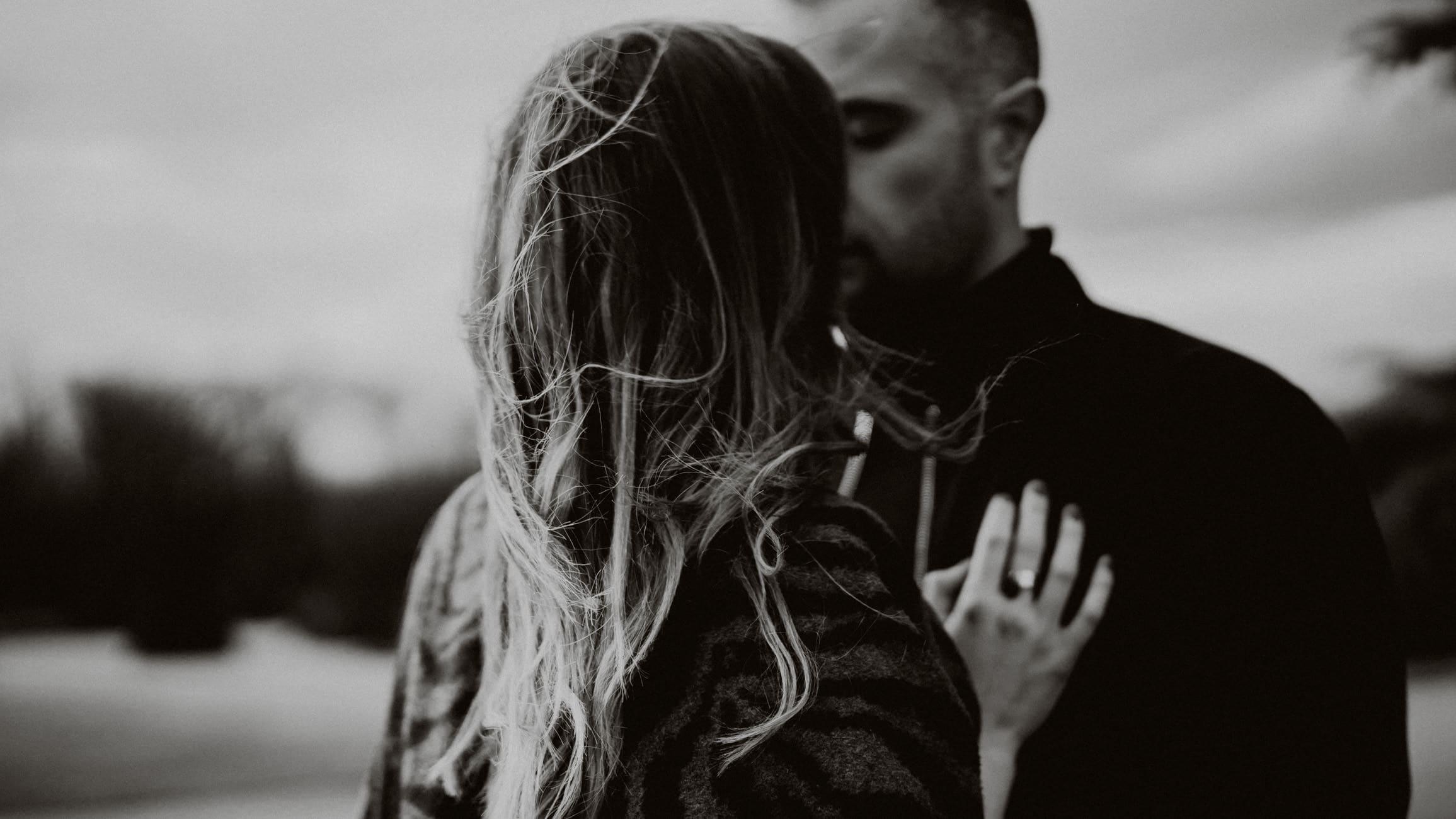 séance photo de couple par samantha guillon photographe mariage elopement