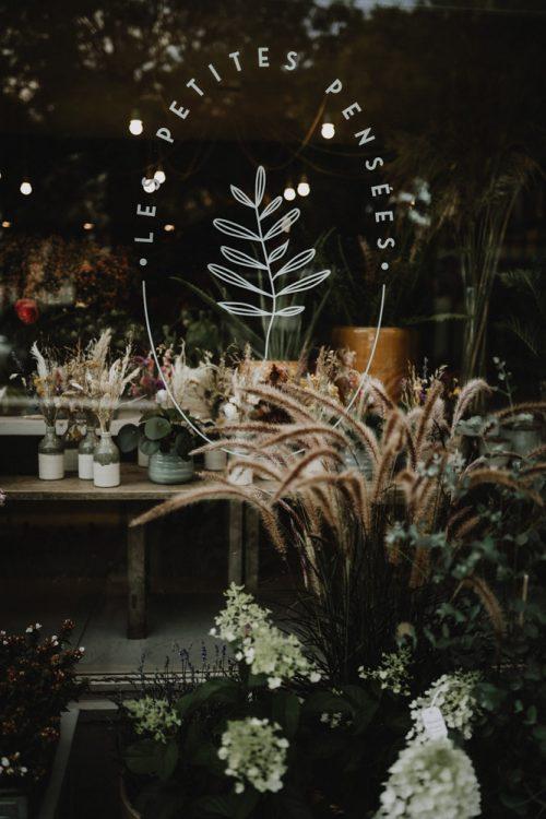 conception de bouquets de fleurs séchées par samantha guillon photographe reportage artisans et entreprises